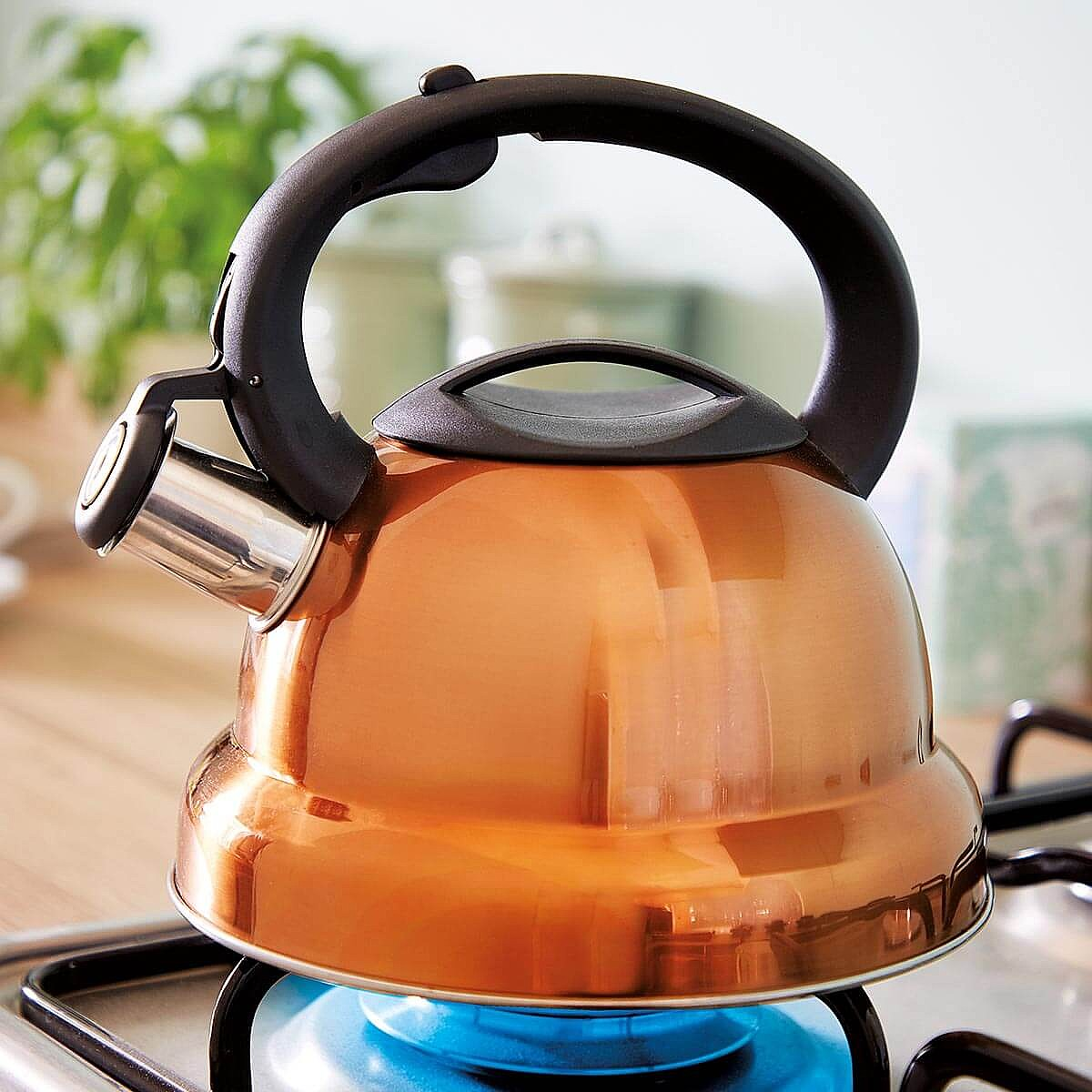 Copper King Whistling Kettle by Coopers of Stortford
