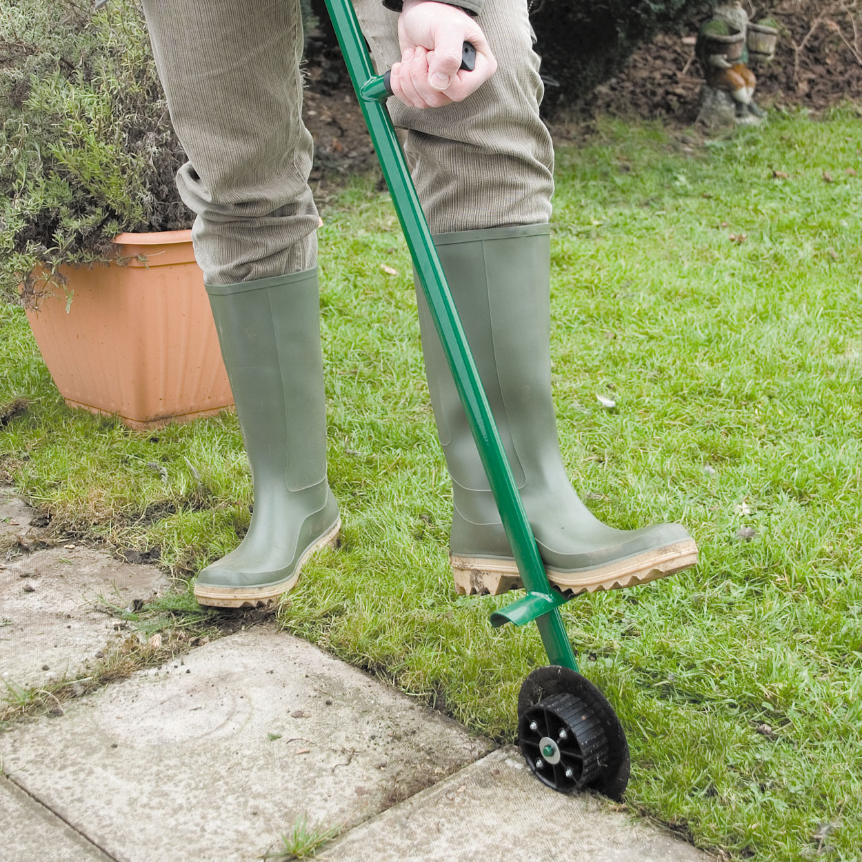Coopers of Stortford Lawn Edger from Coopers of Stortford