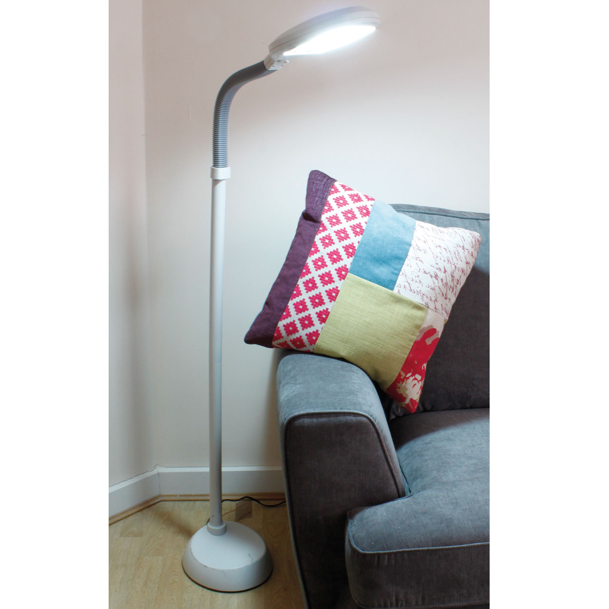 Floor standing reading lamps mother and child task floor for Daylight floor lamp john lewis