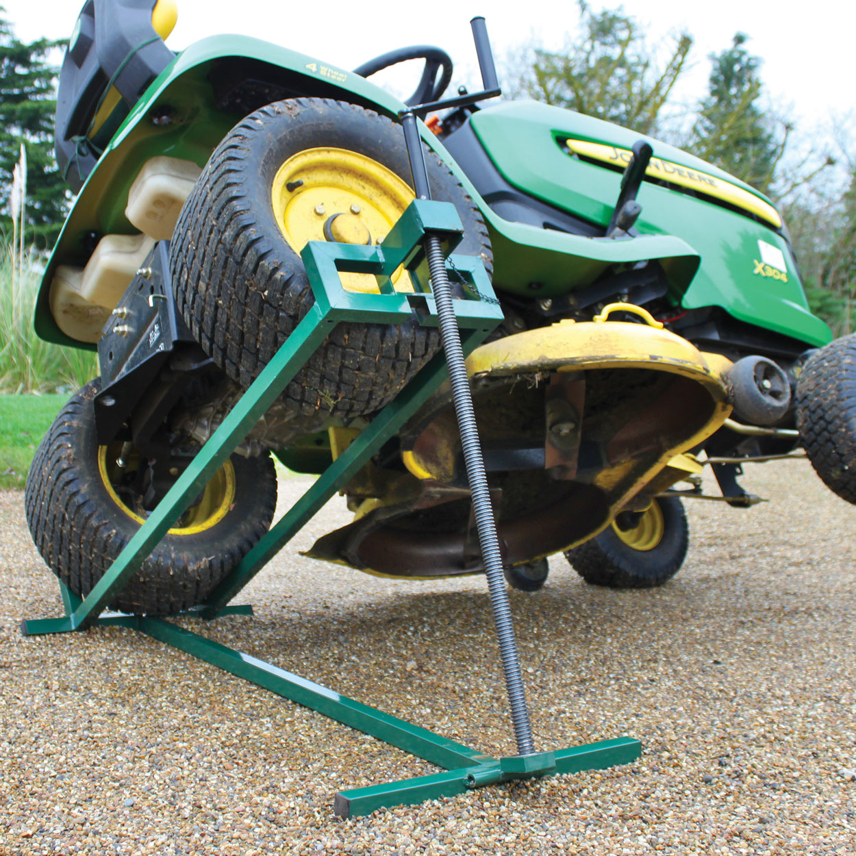Garden Tractor Drag : Victor garden tools sit on mower jack from coopers of