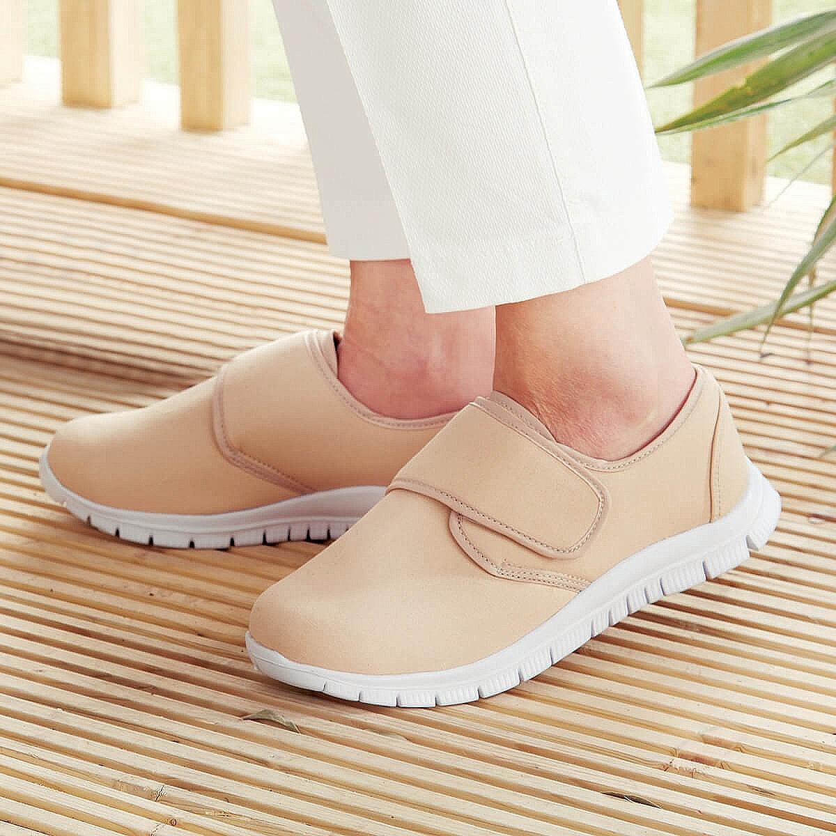 Mens Blue Canvas Shoes: simple touch
