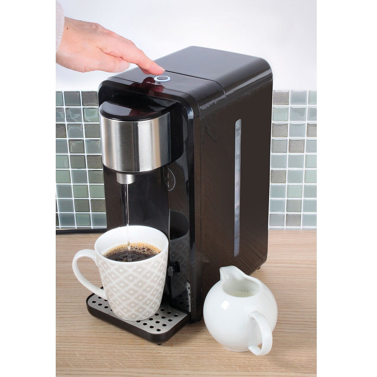 Image of 2.5L Black Instant Water Boiler
