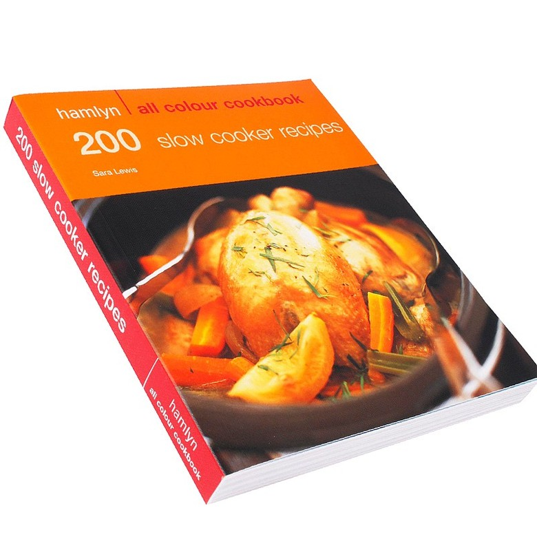 200 Slow Cooker Recipe Book