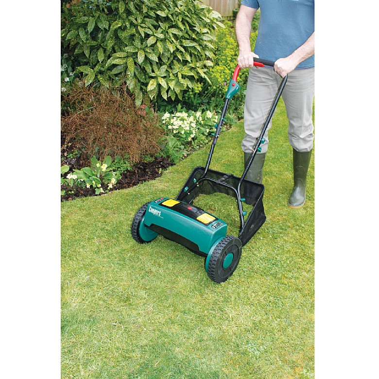 Coopers Cordless Rechargeable Cylinder Lawn Mower