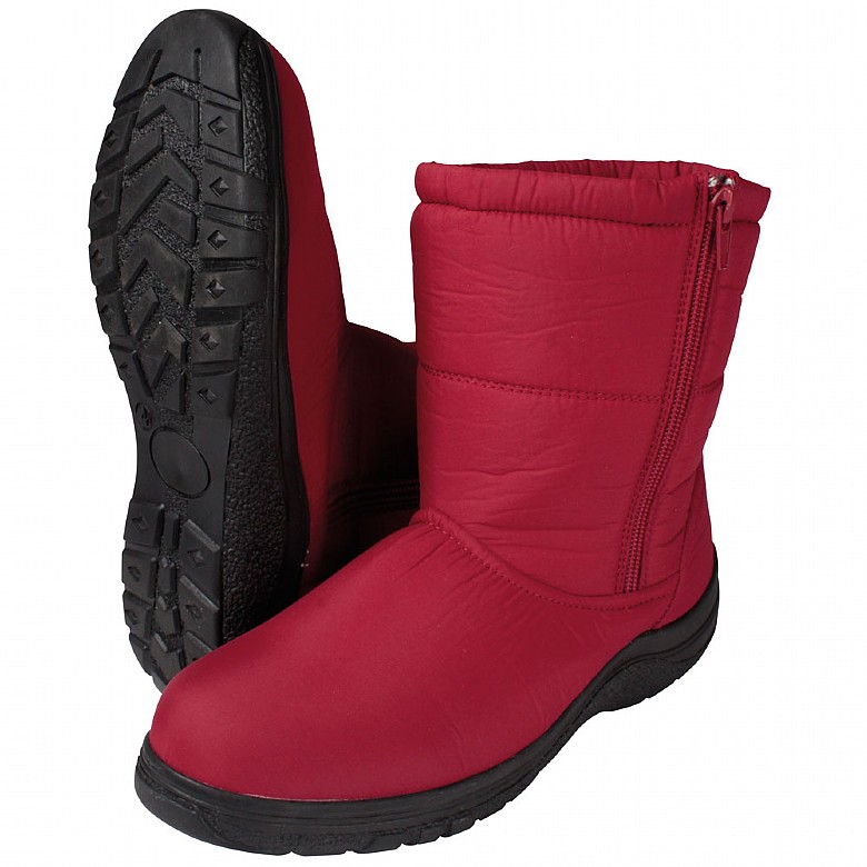 Ladies Red Winter Boots Size  5
