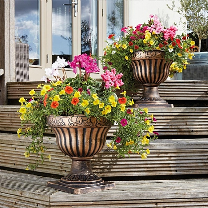 Set of 2 Bronze Pedestal Planters