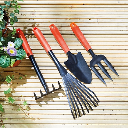 4 Piece Long Handled Tool Set