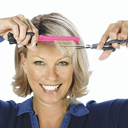Easy Grip Fringe Trimmer with Scissors