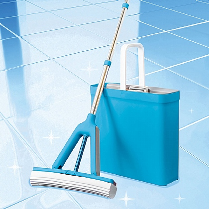 Easy-Wring Mop and Bucket