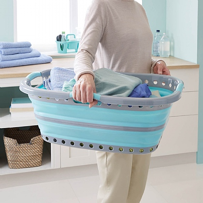 Hip-Hugger Collapsible Laundry Basket