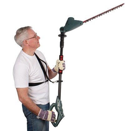Cordless Extendable Hedge Trimmer